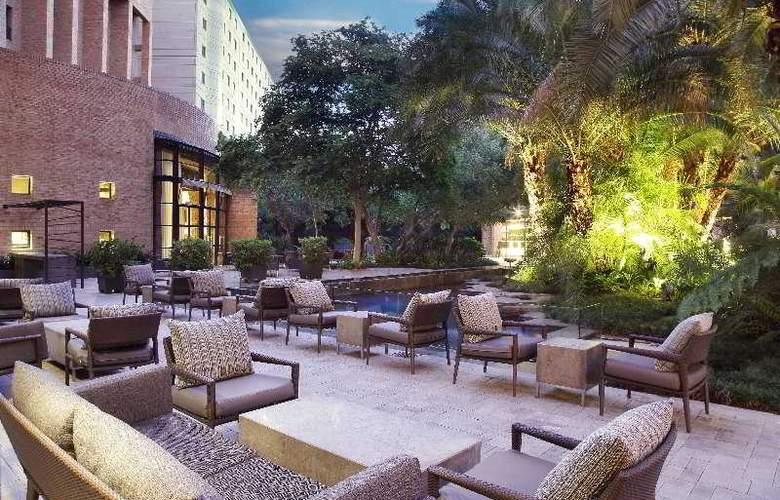 Hyatt Regency Johannesburg - Terrace - 25