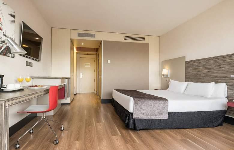 Ilunion Barcelona - Room - 13