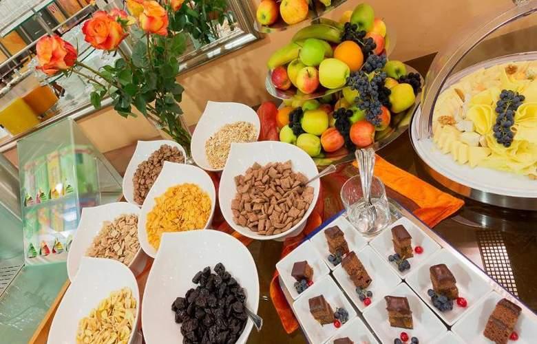 Vienna Sporthotel - Restaurant - 26