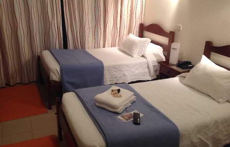 Ribeiro Hotel - Room - 2