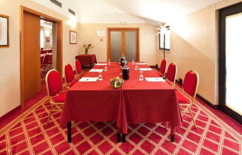 Best Western Mirage Milano - Hotel - 36
