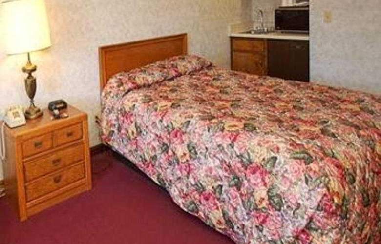 Hilltop Inn - Room - 0