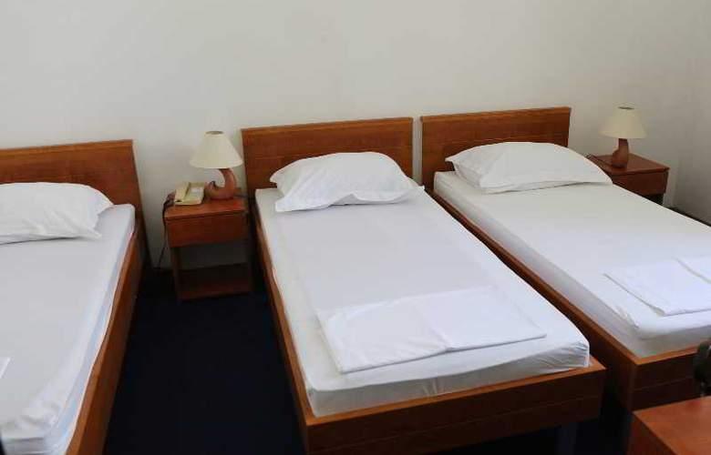 Bellevue - Room - 3