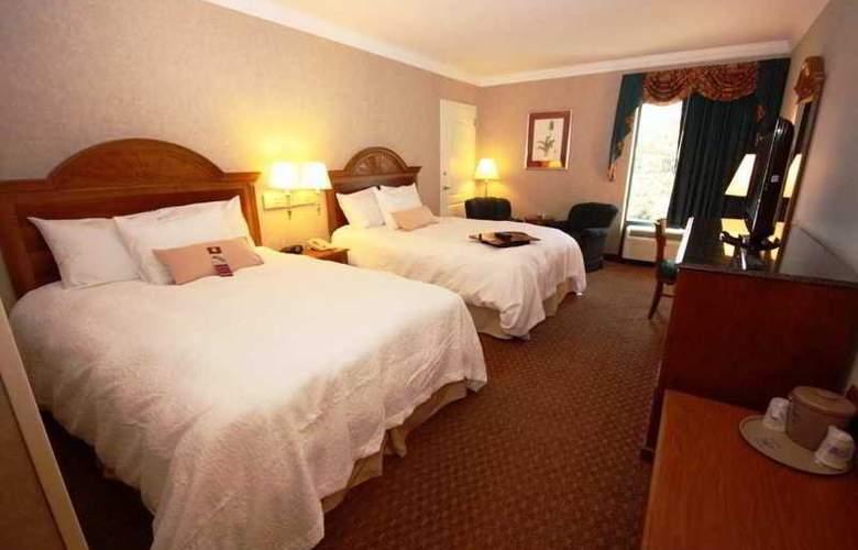 Hampton Inn Charleston-North - Room - 5