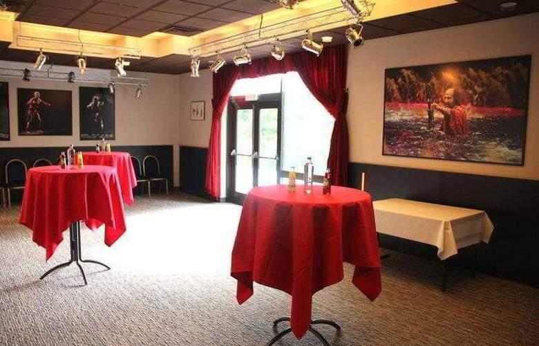 BEST WESTERN PLUS Hotel Casteau Resort Mons - Hotel - 19