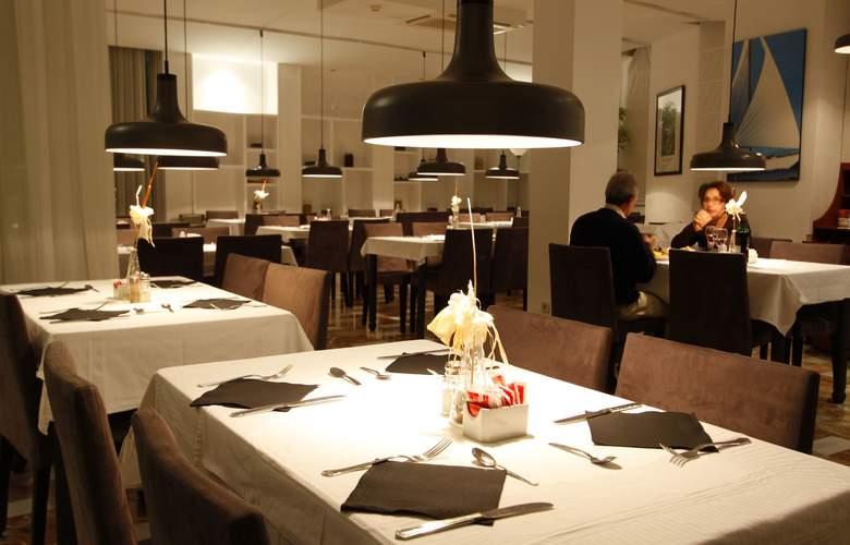 Vistasol Apartments - Restaurant - 5
