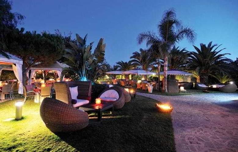 Tanka Village Golf & Spa - Terrace - 9