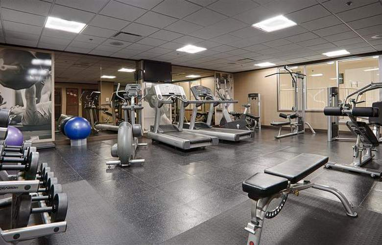 Best Western Plus Denham Inn & Suites - Sport - 123