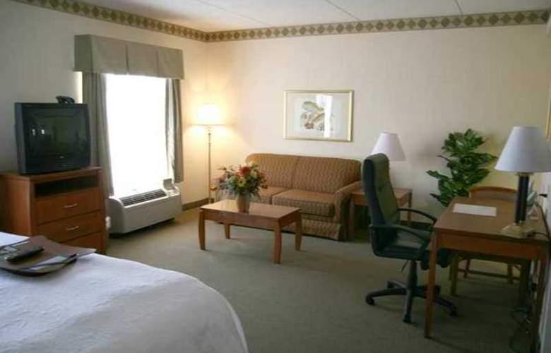 Hampton Inn & Suites Augusta West - Hotel - 4