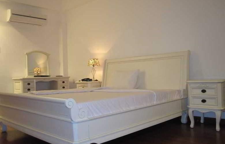 Paragon Villa Hotel - Room - 12