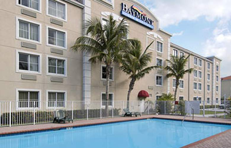 Baymont Inn & Suites Miami Airport West - Pool - 3
