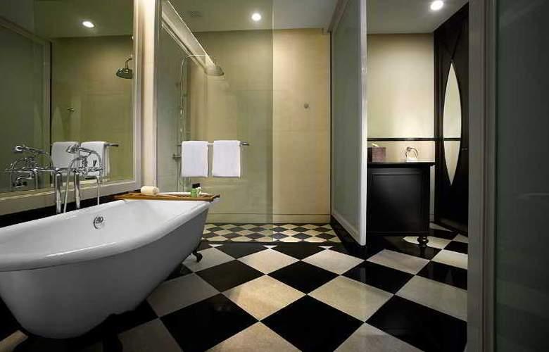 Eastern and Oriental Hotel Penang - Room - 20