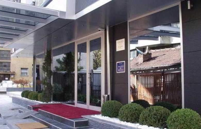 Mola - Hotel - 0