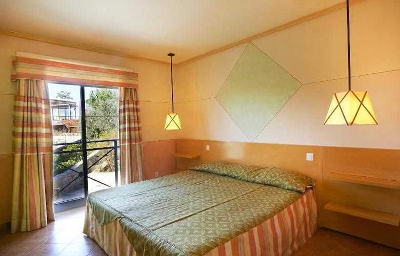 Grande Real Santa Eulalia Resort & Hotel Spa - Room - 12