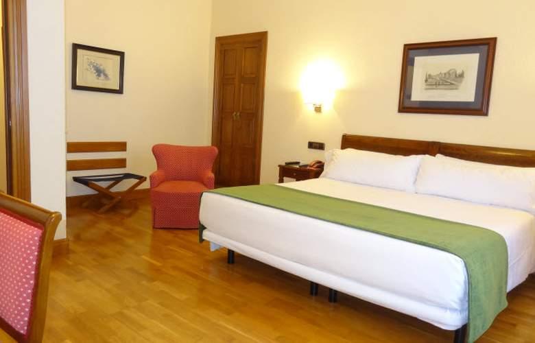 Hernan Cortes - Room - 2