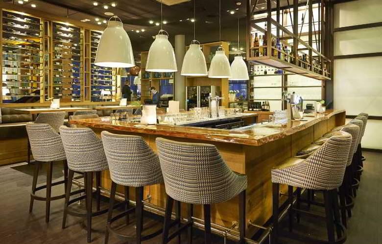 Westcord WTC Hotel Leeuwarden - Bar - 7