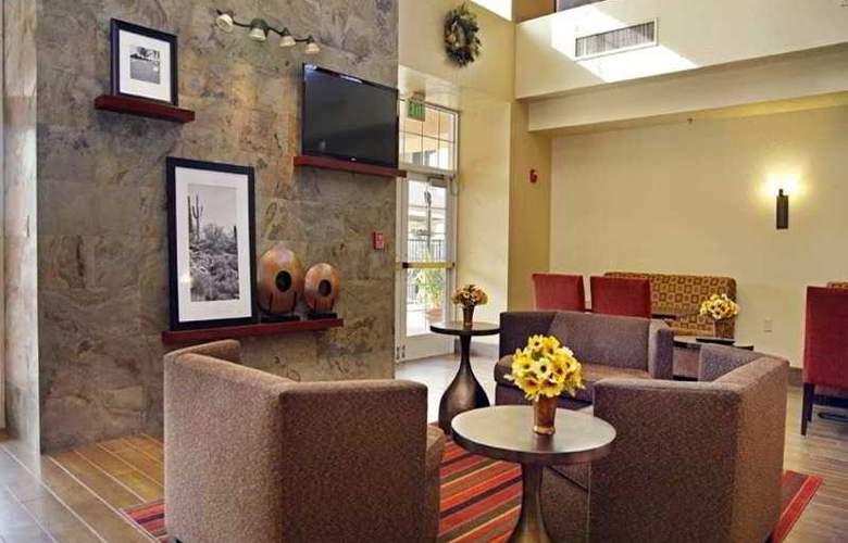 Hampton Inn & Suites Scottdale - General - 8