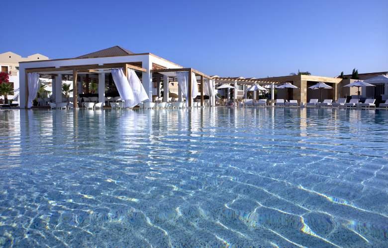 Pelagos Suites Hotel - Pool - 2