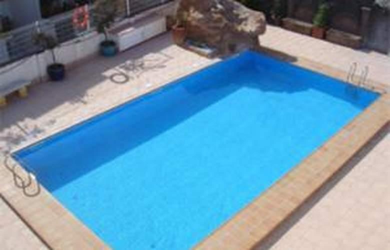 Apartamentos Salsadellans 3000 - Pool - 2