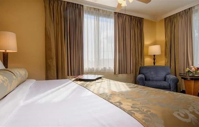 Best Western Plus St. Charles Inn - Room - 66