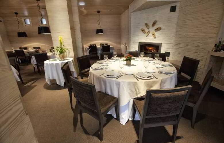 Los Lagos Nature - Restaurant - 17
