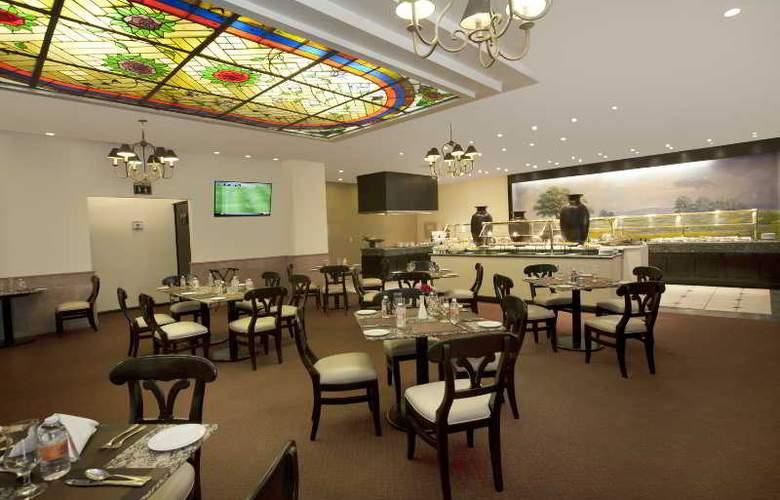 Krystal Monterrey - Restaurant - 30