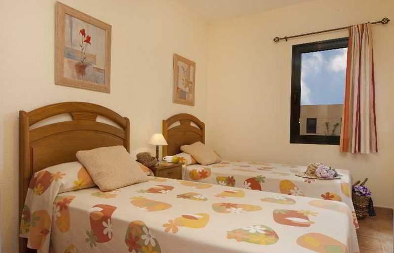 Villas del Sol - Room - 10