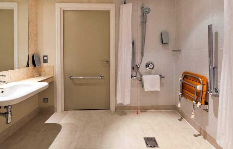 Holiday Inn London Stratford City - Room - 9