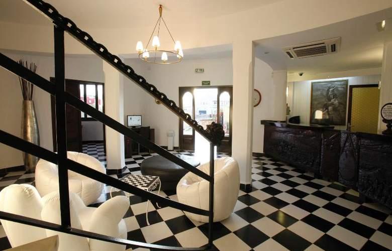 Azuline Hotel Galfi - General - 12