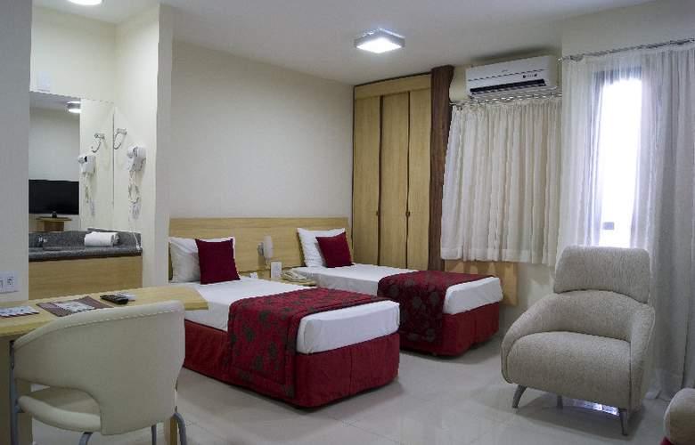 Bristol Century Plaza - Room - 9