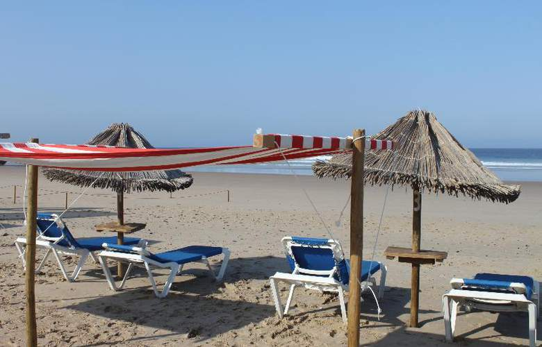 Tryp Lisboa Caparica Mar - Beach - 19