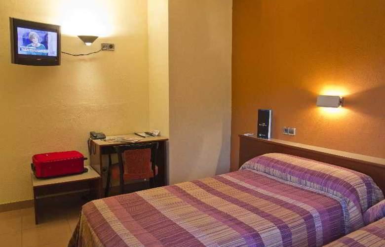 Hotel Terradets - Room - 9