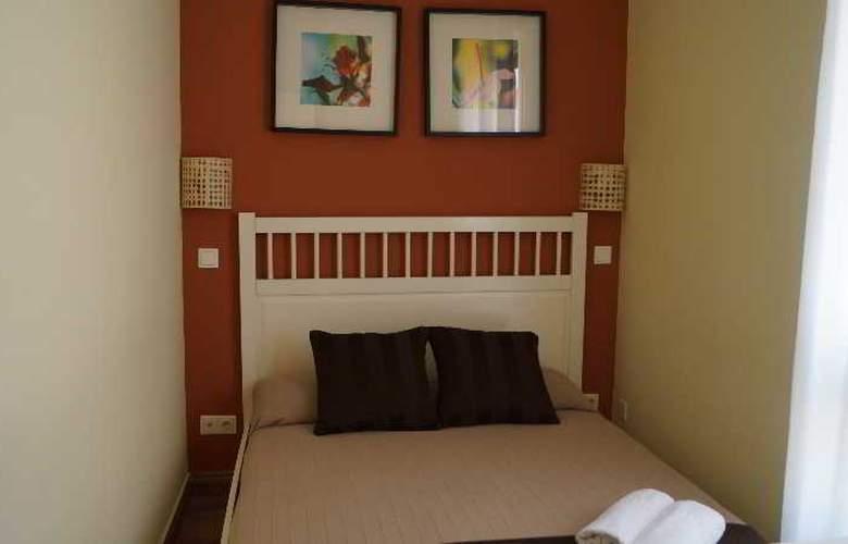 H2 Tirso de Molina - Room - 9