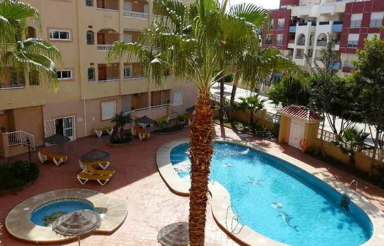 Apartamentos Maracay - Pool - 6
