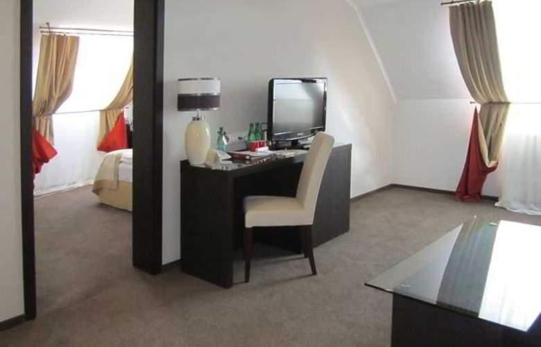 Reikartz Kharkiv - Room - 7