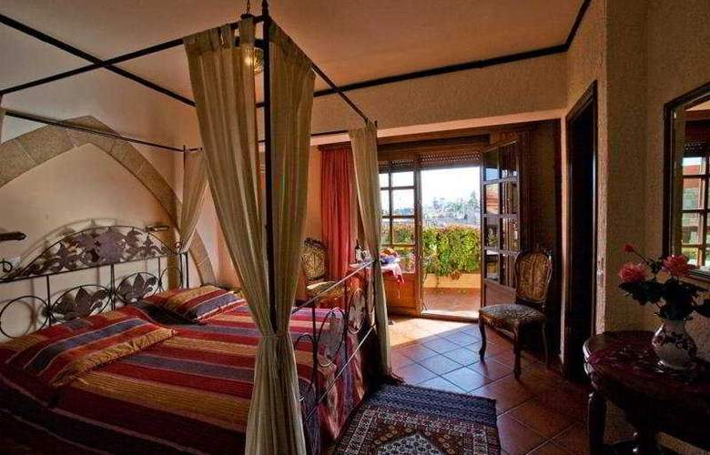 Saint Nikolis - Room - 7
