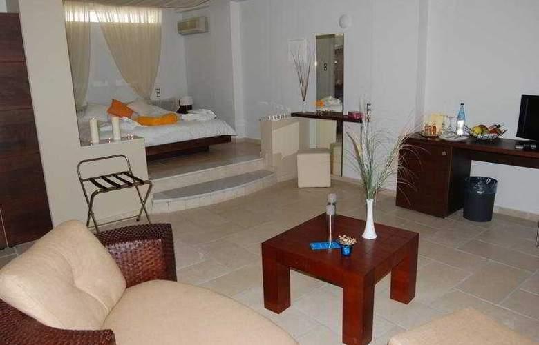 Antinea Hotel, Studios and Apartmets - Room - 3