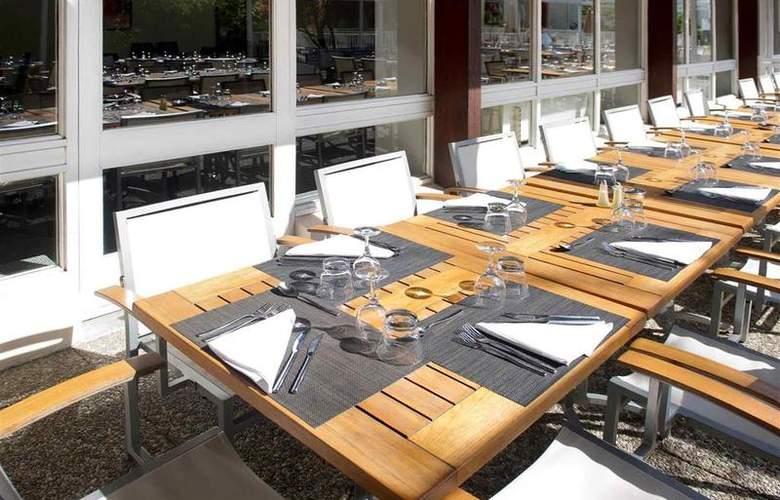 Novotel Aix en Provence Beaumanoir Les 3 Sautets - Restaurant - 42