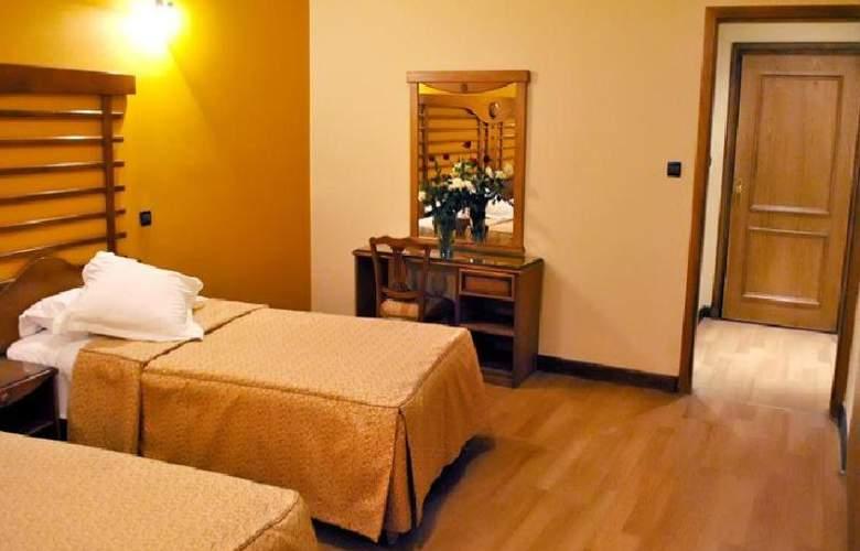 Rembrandt Hotel - Room - 22