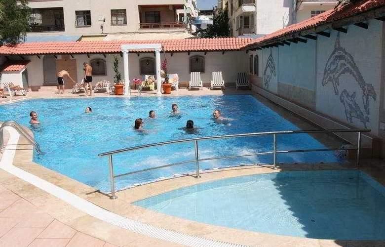 Dabaklar Hotel - Pool - 7