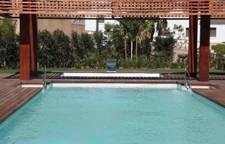 AMA Islantilla Resort - Pool - 9