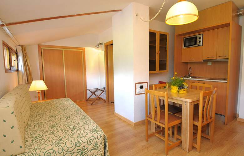 Evenia Monte Alba - Room - 16