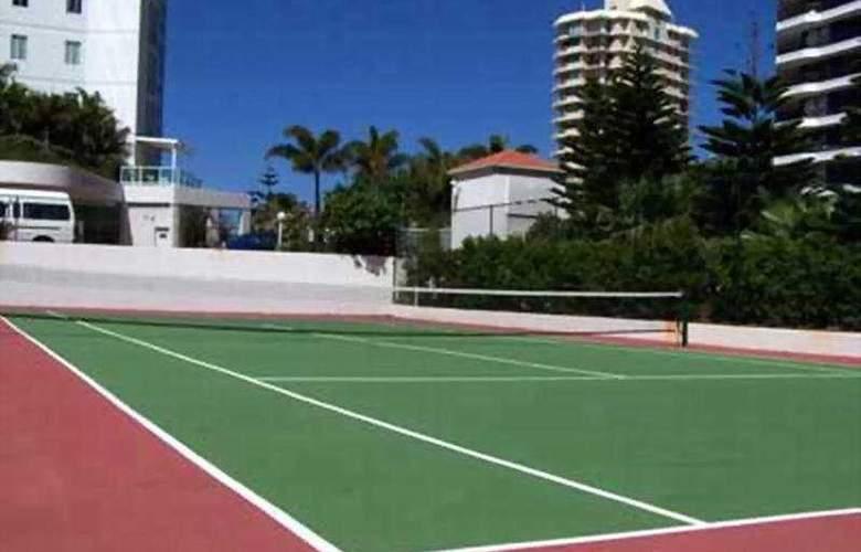 Pacific Views Resort - Sport - 8