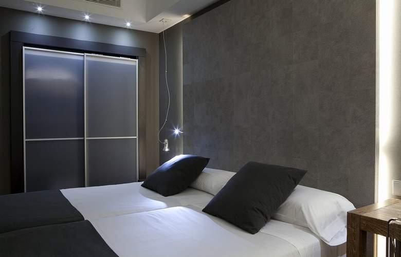 Zenit Conde de Orgaz - Room - 15