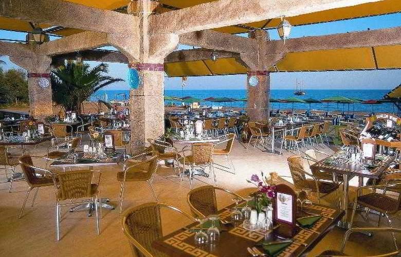 Adora Golf Resort - Restaurant - 9