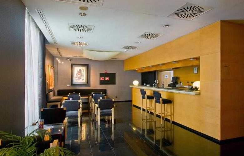 Euro Hotel Diagonal Port - Bar - 30