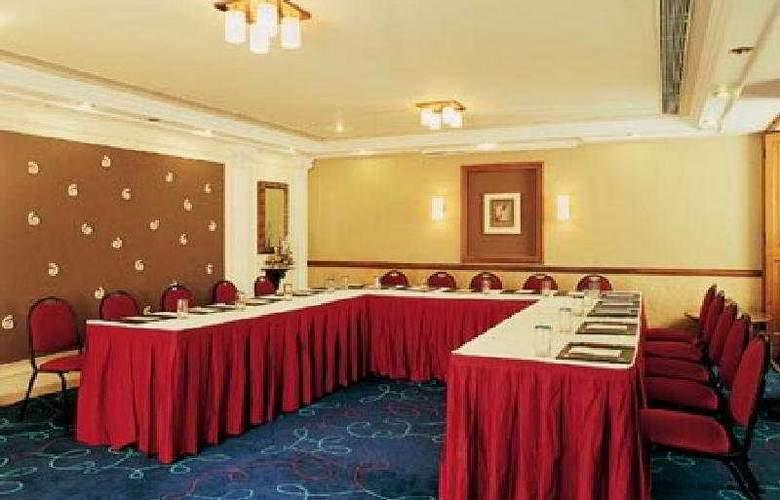 Shalimar - Conference - 8