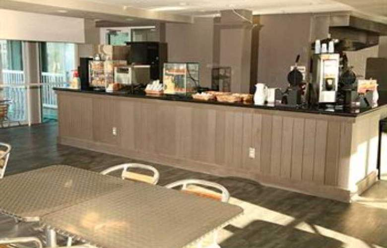 Boardwalk Inn & Suites Daytona Beach - Bar - 8