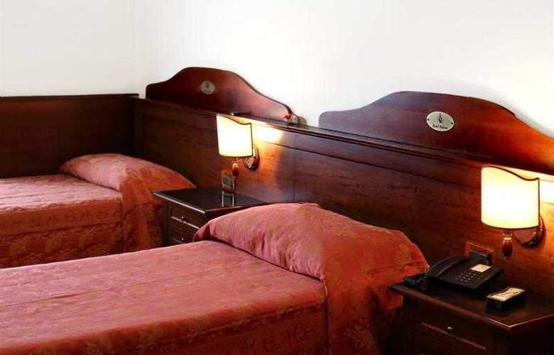 Hotel Pavone - Hotel - 4