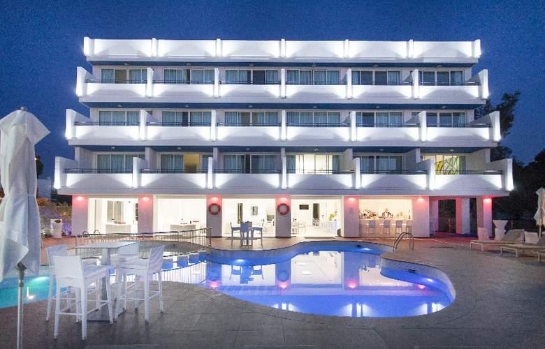 Marina Playa - Pool - 5